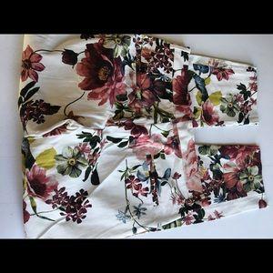 Zara Women Floral Pants Size 4